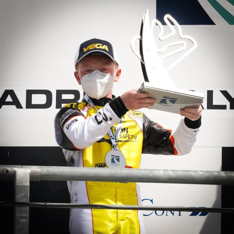 Maxime Furon Castelain puts the Luxembourg flag on the podium of the FIA Karting Academy Trophy